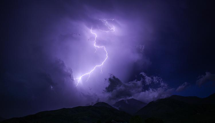 Onweer verzekeren